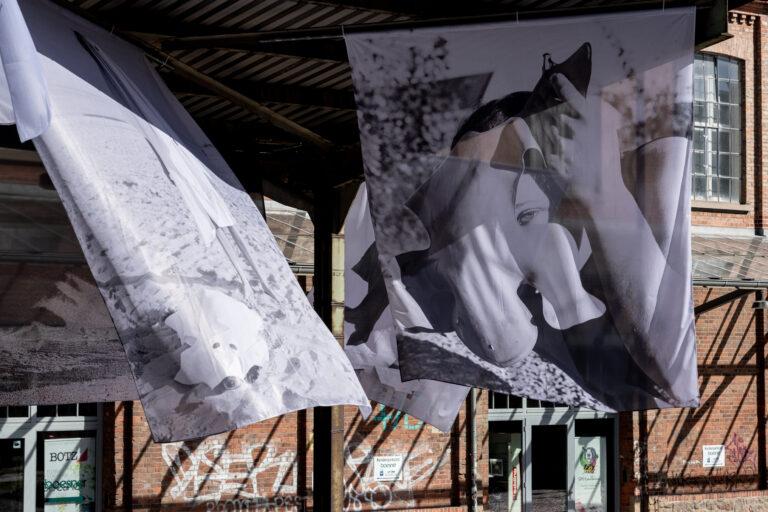 Installation view: Carina Brandes, `Untiteld`,2020, public space Galerie Nina Mielcarczyk, Leipzig